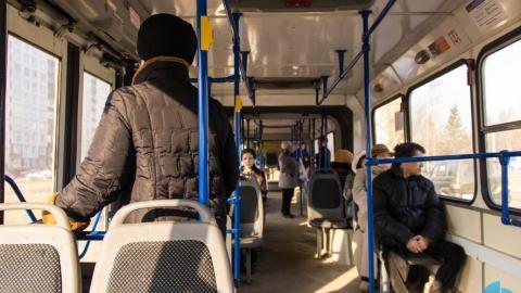 Автобус сбил женщину на Музейной площади