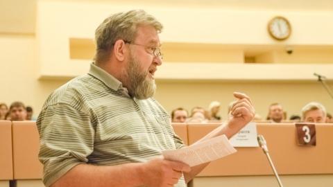 Александр Ванцов призвал власти решать проблему долгов за ТЭР