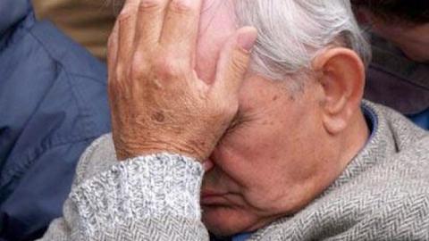 В Заводском районе Саратова внук избил 73-летнего деда
