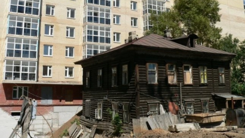 В Саратовской области подрядчики срывают  сроки переселения из аварийных домов