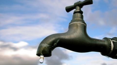 В Саратове без воды остались две школы и пять детсадов