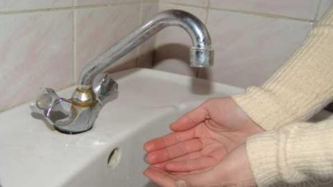 В Саратове остался без воды ФОК