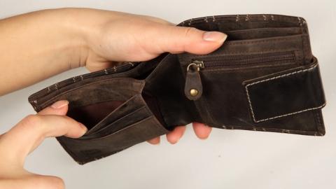 За месяц саратовские работодатели выплатили четверть зарплатных долгов