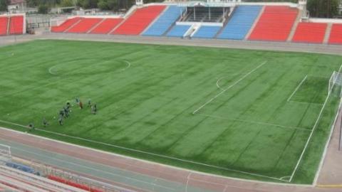 Саратовская футбольная школа задолжала подрядчику миллион за ремонт стадиона