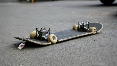 Подросток-скейтбордист убил ребенка ударом ноги