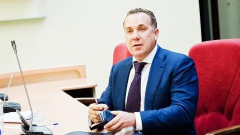 Саратовские депутаты начали с приватизации, продолжили налогами и закончили бюджетом