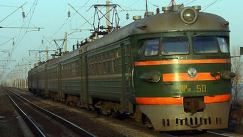 Пьяные жители Энгельса попали под поезд в Самарской области