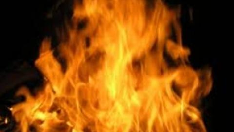 Владельцы сожженных в Балакове домов ищут справедливости у Задорнова