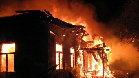 Жертвой субботнего пожара в Саратове стала пенсионерка