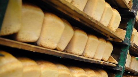 В Энгельсе подростки заподозрены в серийных похищениях хлеба