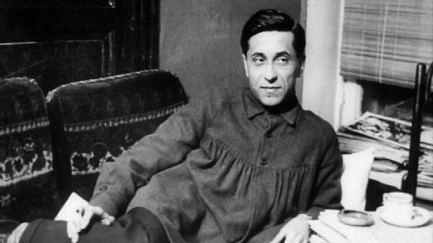 Саратовцам предлагают осмотреть в музее Федина чемоданы с биографией Зощенко