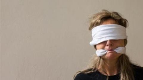 Девушку из Рязани держали в секс-рабстве в Солнечном