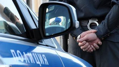 В Саратове будут судить соблазнителя 15-летней девочки