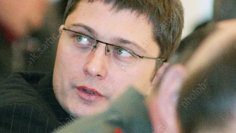 Олег Грищенко: не надо искать политический подтекст в увольнении Комарова