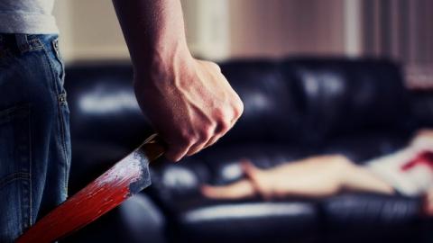 В Петровске пьющий подросток нападал на собутыльников с ножом