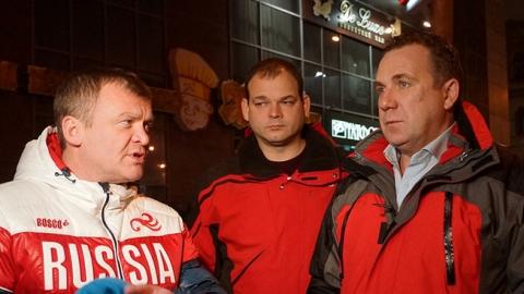 Олег Грищенко отругал коммунальщиков за наледь на улицах Саратова