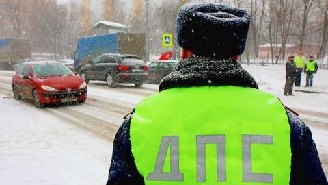 Саратовская автоинспекция запланировала рейды против пьяных и должников