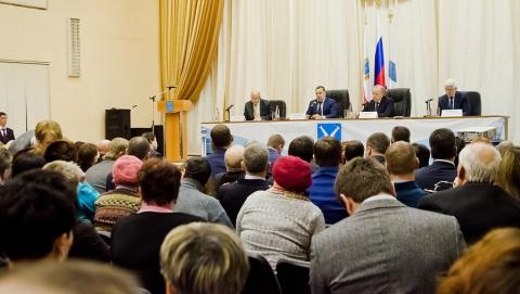 Встреча Валерия Радаева и Олега Грищенко с жителями Саратова. Фоторепортаж