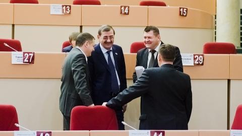 Саратовские депутаты собрались на первое в этом году заседание. Фоторепортаж