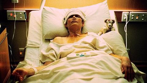 Онкобольной покончил с собой после ухода жены и сына