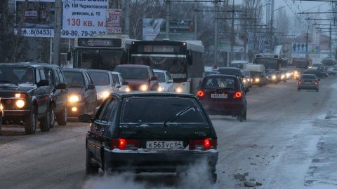Саратов вошел в топ-20 российских городов по числу автомобилей на улицах
