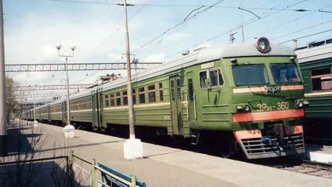 Саратовцы оформили около 2,5 тысяч абонементов на пригородные поезда