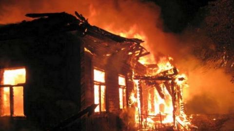 Мать двоих сгоревших в Балашове малышей находится под следствием