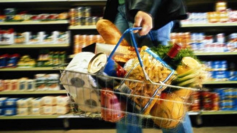 Саратовцы могут сэкономить на масле, говядине, помидорах и твороге