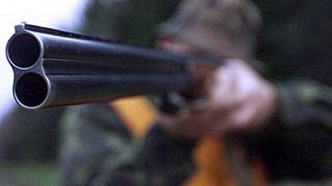 У браконьера нашли целый склад оружия и мясо лосихи