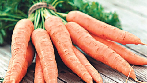 В Саратове дешевеет морковь и дорожают конфеты
