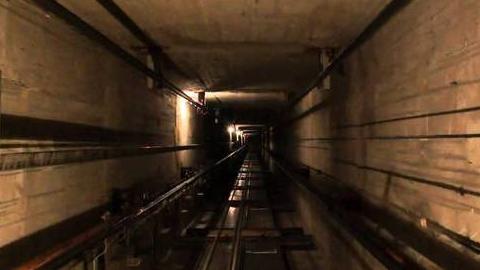 По факту гибели девочки после падения в шахту лифта возбуждено дело