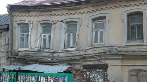 За попытку поднять потолок в подвале старинного дома фирму оштрафовали на полмиллиона