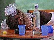 Роспотребнадзор: Дети травятся алкоголем чаще, чем подростки