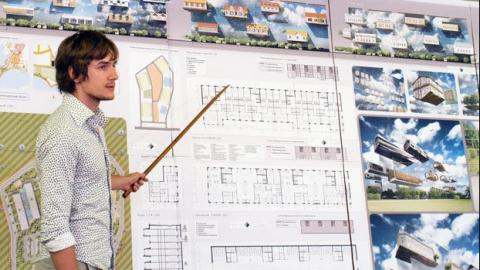 Грабитель оставил без мобильной связи будущего архитектора