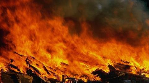 Смерть мужчины на пожаре привлекла внимание следствия