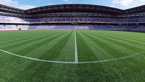 На федеральные деньги оборудуют футбольные поля в Саратове и Хвалынске