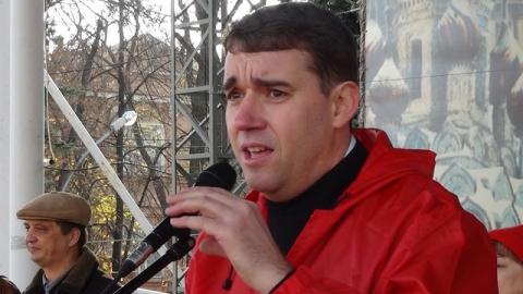 Балаковец просит Зюганова убрать Александра Анидалова с поста в горкоме КПРФ