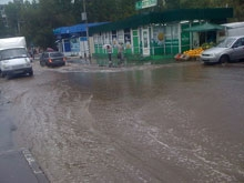 Очевидцы сообщают о потопе после дождя