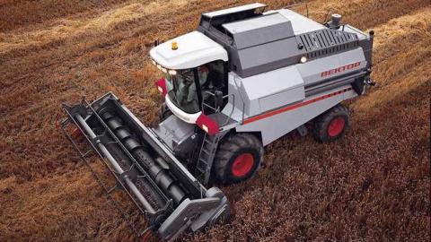 За пять лет саратовские аграрии стали использовать меньше оборудования