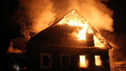 Следователи подозревают самоубийство на пожаре в Красном Текстильщике