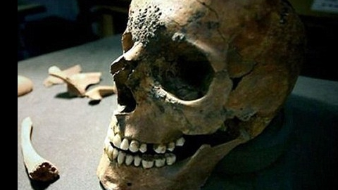 В Новых Бурасах нашли труп пенсионерки с проломленной головой