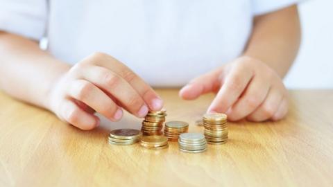 400 тысяч саратовцев выживают на минимальную зарплату