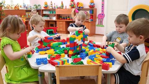 В Саратовской области переполнены 270 детских садов