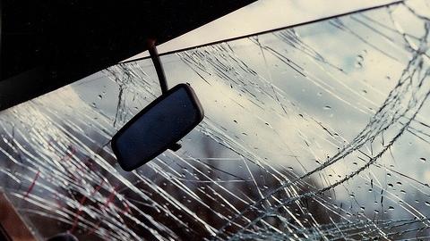 Пешеходы-нарушители госпитализированы после наезда автомобилей