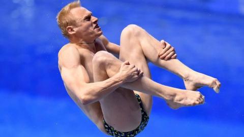 Илья Захаров уступил первенство в прыжках с трехметрового трамплина