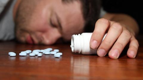 Мужчина выпил 40 таблеток от зубной боли и едва не умер