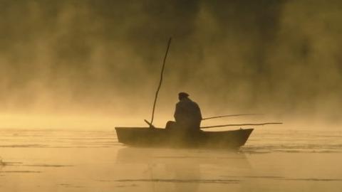 Под Новоузенском из реки достали труп рыбака