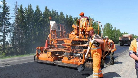 Стрелюхина шокировала цена ремонта дороги в Федоровском районе