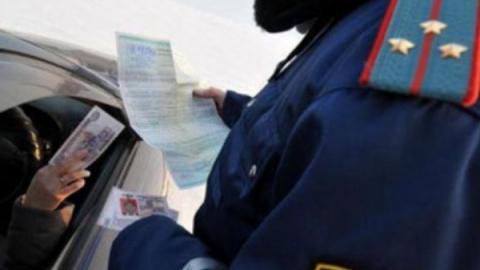 Воронежец и киргиз ответят за предложение мзды саратовским автоинспекторам