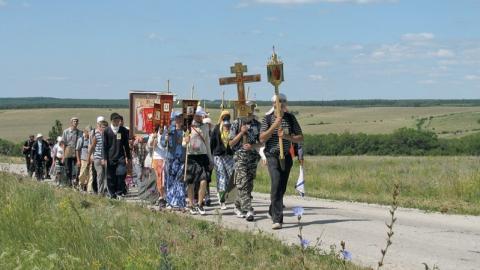 Сегодня в Саратове стартовал крестный ход в Вавилов дол